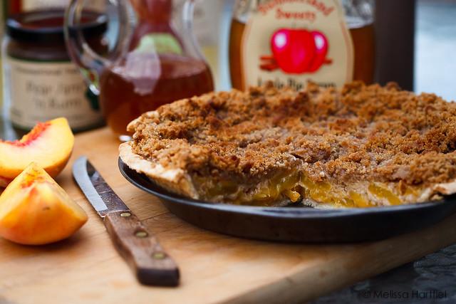Sour Cream Peach Pie | eyes bigger than my stomach