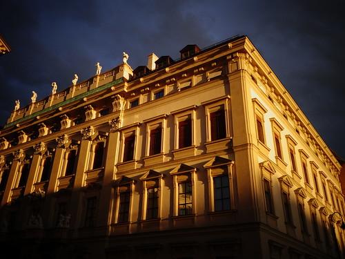 Wien, 1. Bezirk, Art of Facades of Vienna (Bankgasse/Löwelstraße), Stadtpalais Liechtenstein