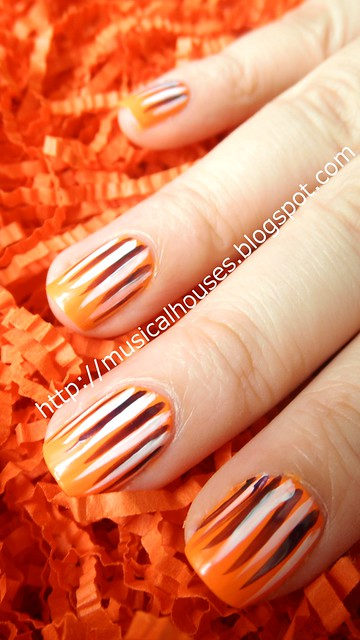 halloween nail art orange purple white stripes 1