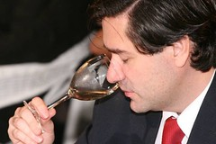 Hoy original remate de vinos