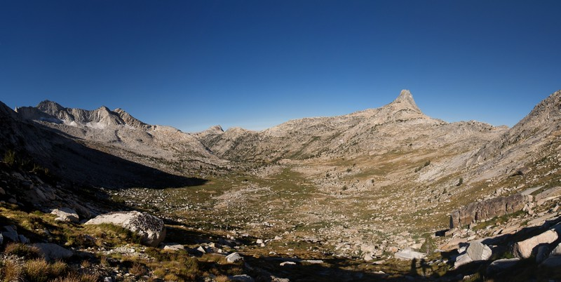 Panorama view of upper Matterhorn Canyon, with Whorl Mountain on the left and the Finger Peaks on the right