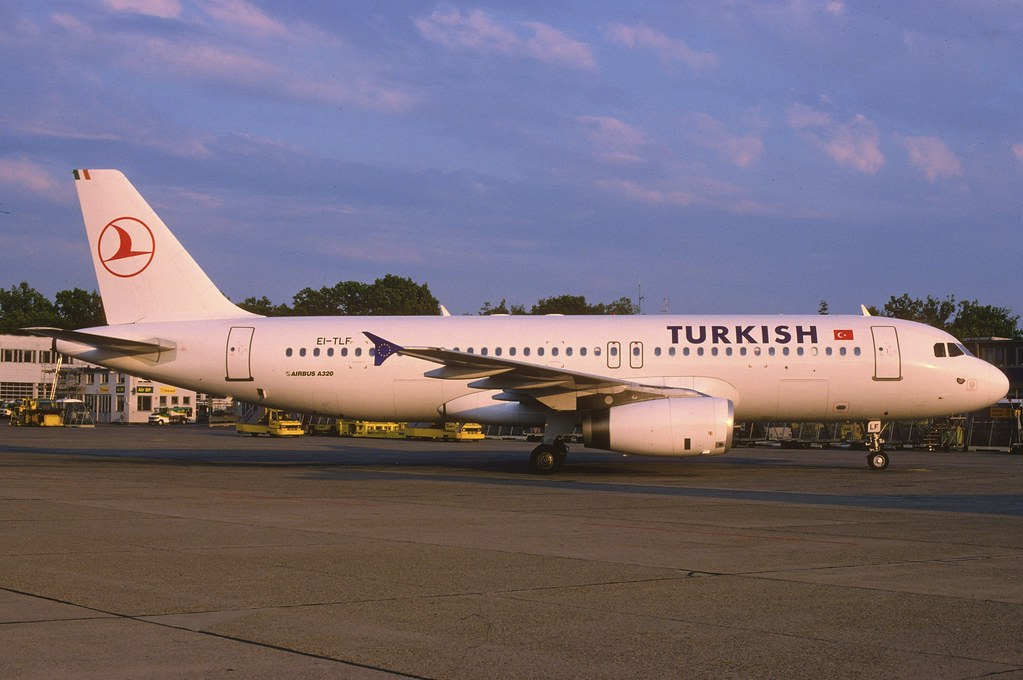 Turkish Airlines Airbus A320-231; EI-TLF, June 1996