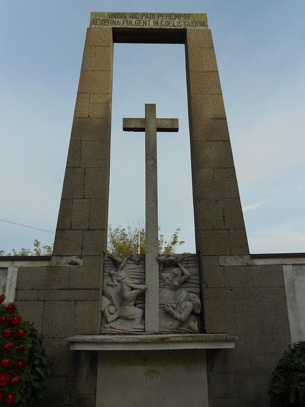 Virgilio Milani, il camion della morte, 84 vittime del 15 novembre 1951, sacrario, Passo, Frassinelle Polesine