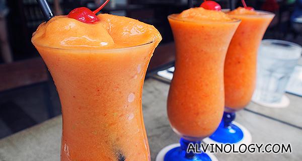 Antioxidant - Peach, Green Apple, Mango & Strawberry $13++