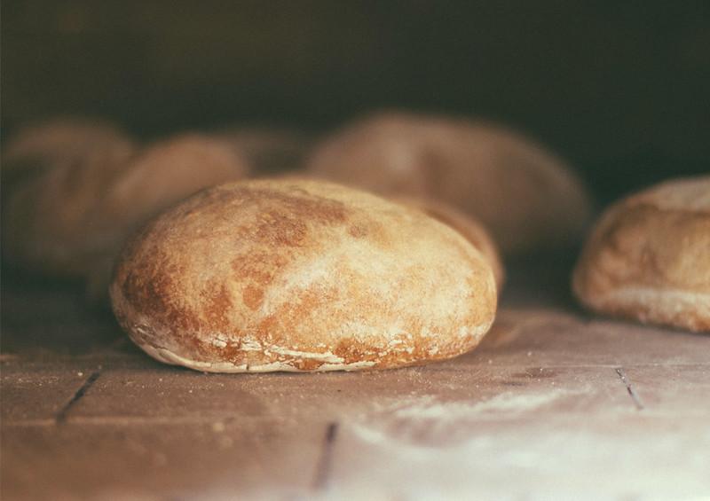 wood ovenbaked bread4