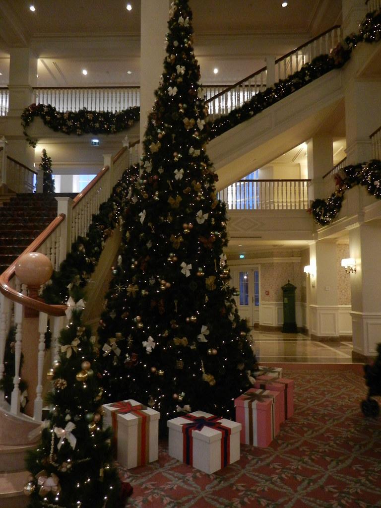 Un séjour pour la Noël à Disneyland et au Royaume d'Arendelle.... - Page 6 13875680193_4c5125e4e8_b