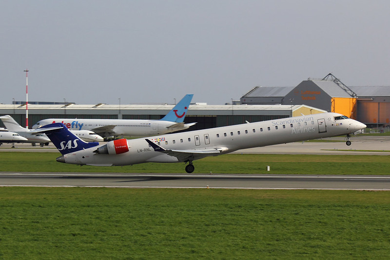 SAS - CRJ9 - LN-RNL (2)
