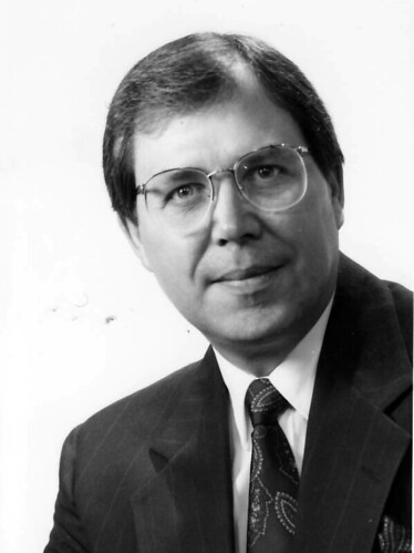 2004Faculty-Dr.Jay D.Platte