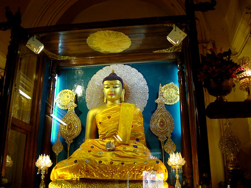 Buddha at BodhGaya by saish746