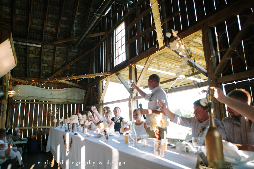 brother of groom makes a toast
