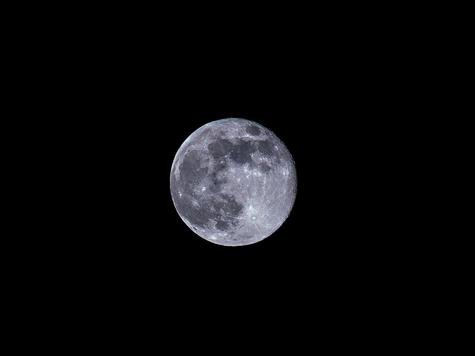 红色月亮 - canon单眼相机