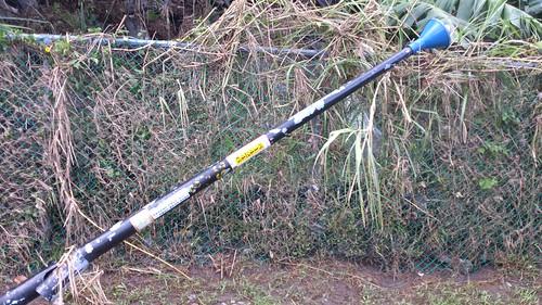 蘇力颱風吹倒的電線桿