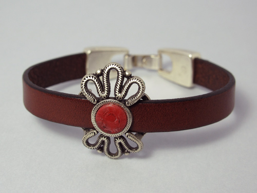 Single wrap leather bracelet (flower)