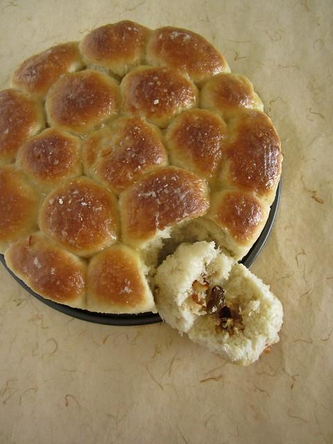 Khaliat Nahal/Honeycomb Buns