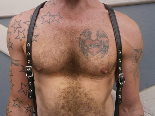 FOLSOM STREET FAIR 2013 ! SEXY STUD's beautiful chest (safe photo)