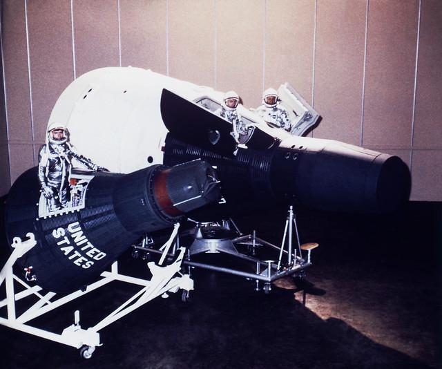 gemini spacecraft cockpit - photo #27
