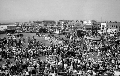 Los Angeles Times Picture of Venice Beach