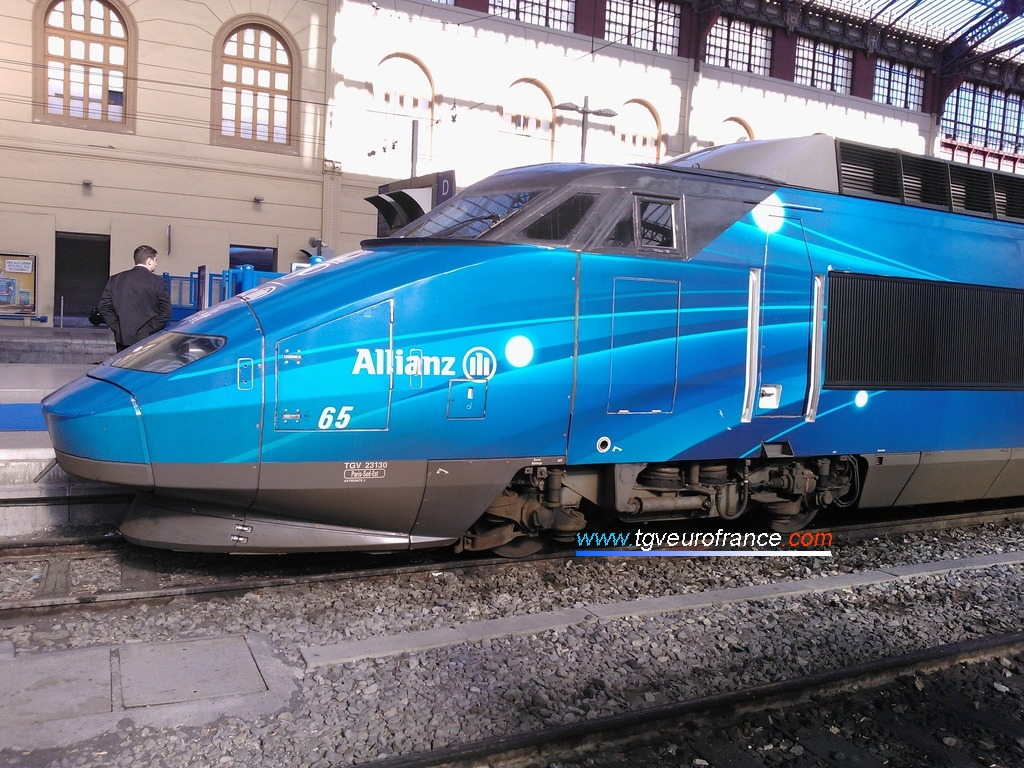 Vue de la motrice paire 23130 (rame TGV Sud-Est 65)