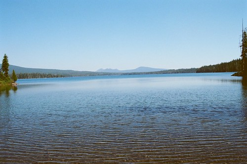 blue usa lake mountains nature water beauty oregon peace view cascades pacificcresttrail ripples summitlake diamondpeakwilderness klamathcounty