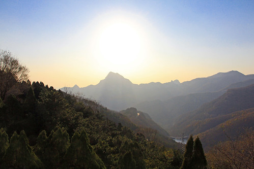 china sunrise birth peak mount tai jade renewal emperor taoism 泰山 taishan mounttaishan taian daoism confucianism mounttai 2013 tài fivegreatmountains shān canoneos60d canonefs1585mmf3556isusm