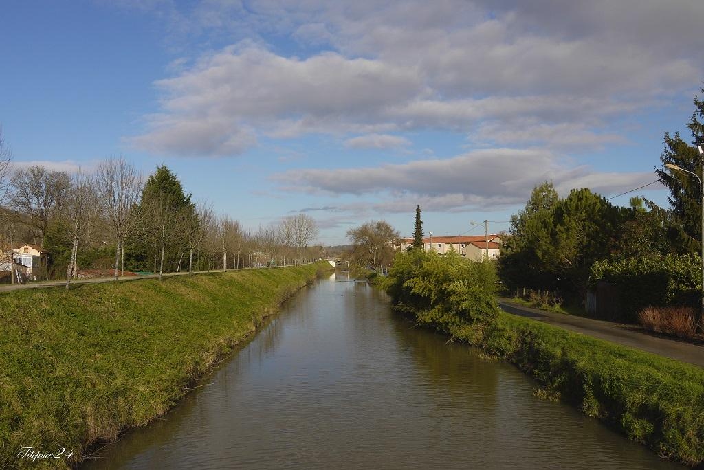 le voici mon canal de Périgueux + ajout soleil 12304651513_dcdd7fbefa_o