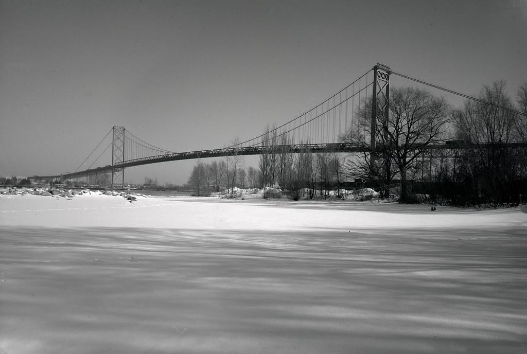 52:320TXP - Week 10 - The Ambassador Bridge