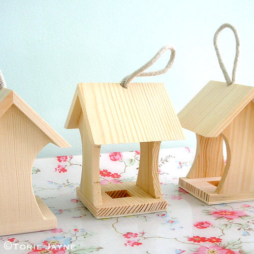 Mini bird house feeders