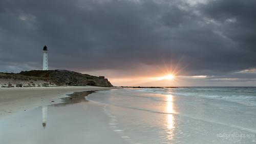 sunset sea lighthouse scotland moray lossiemouth morayfirth