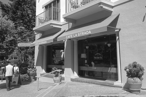 Cafe La Strada - Front