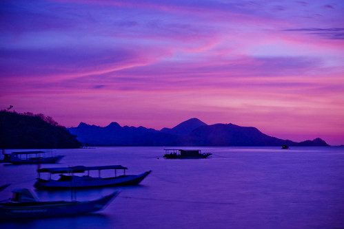 longexposure sunset perahu sore slowspeed labuhanbajo kapal