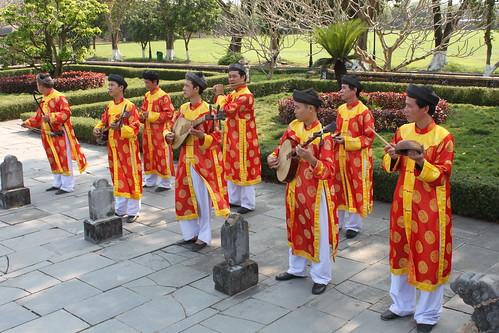 20140312_1443-Hue-musicians