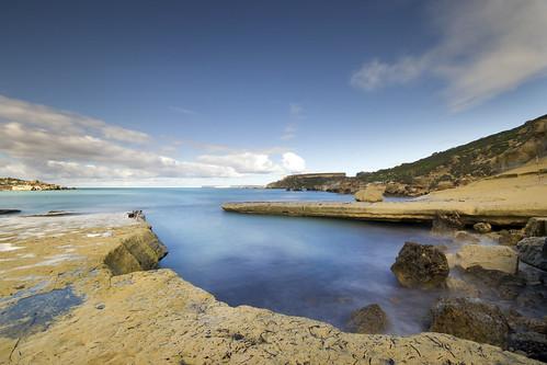 gnejna gnejnabay malta sea coast