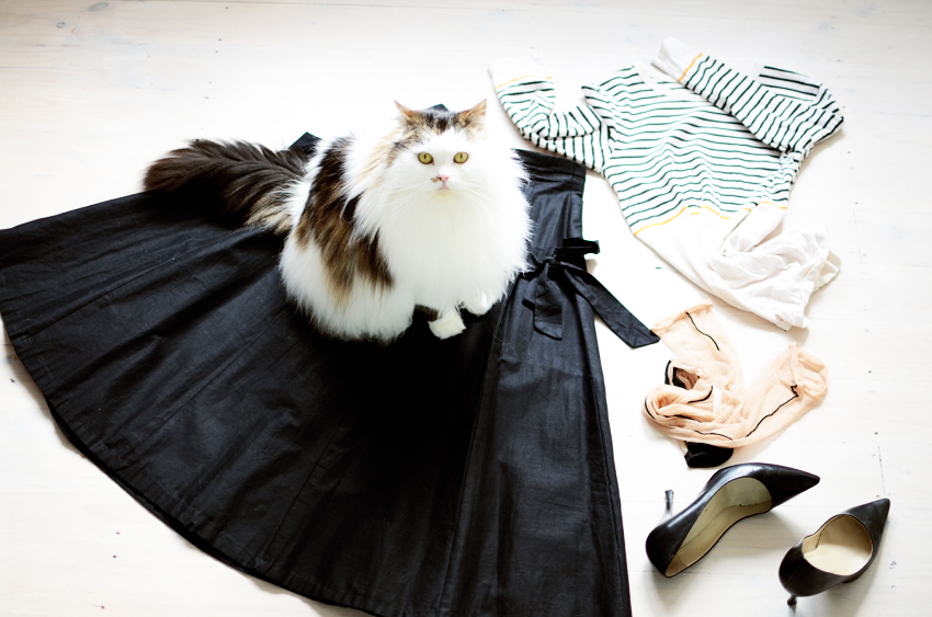 Black-white-outfit a