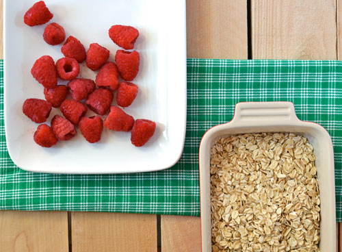 Raspberry Scones with Oatmeal