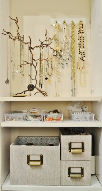 jewelry shelves