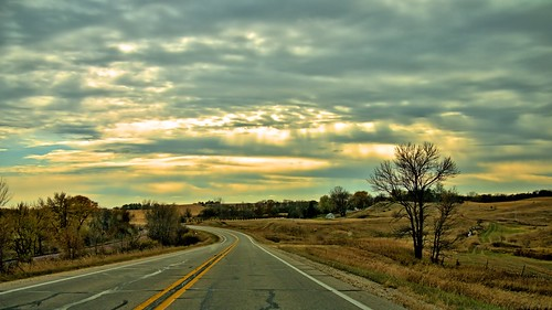 road fall landscapes day cloudy fallcolors iowa hills fav15 fromtheroad gf1 fav10 fav5 views100 views200 views300 projectweather pwfall