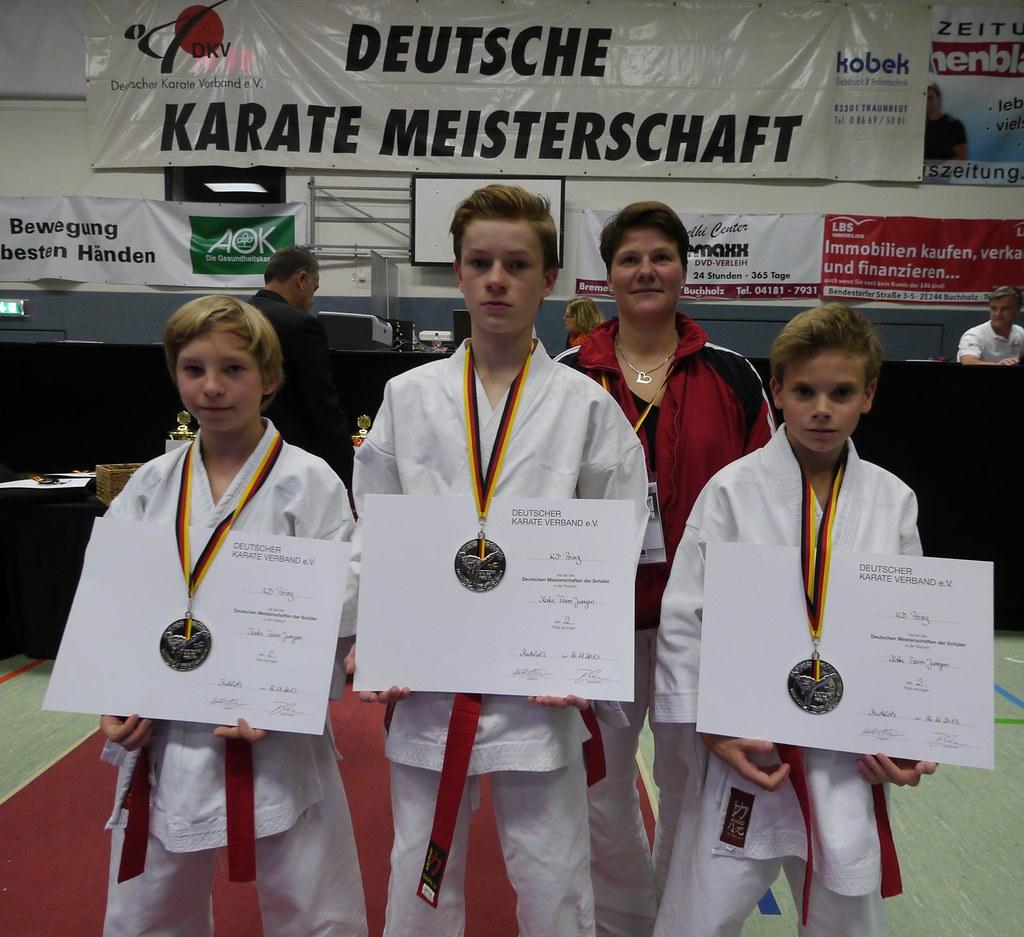 Die Sieger mit Trainerin Michaela Talpai