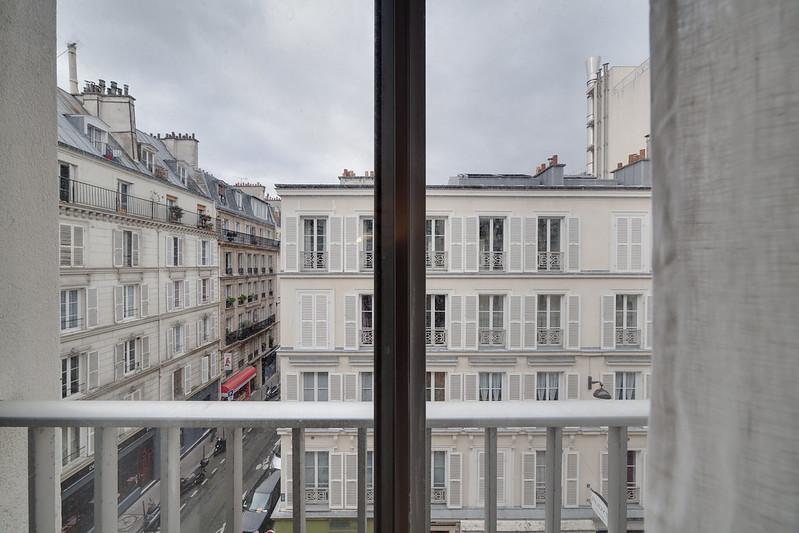 Poncelet St. 2nd flat