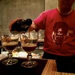 ベルギービール大好き!!グーデンカロルス キュヴェ ヴァン ド ケイゼル ブルー Gouden Carolus Cuvee van de Keizer Blauw @麦潤