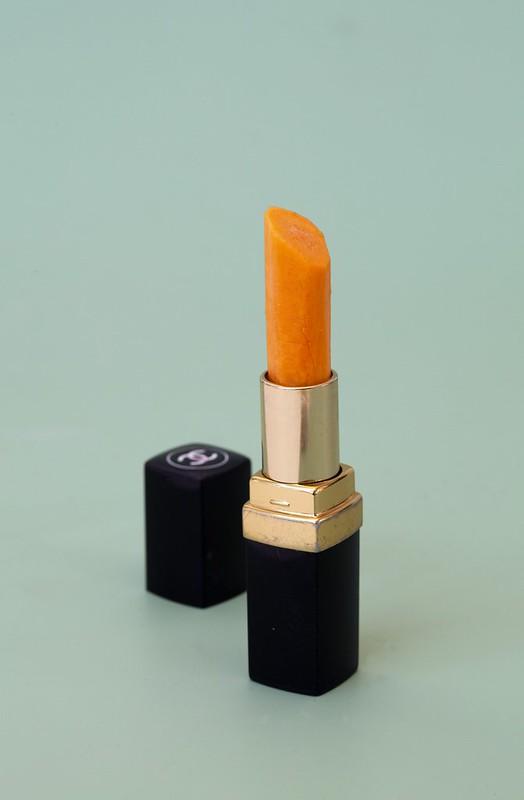Sarah Illenberger, Lipstick