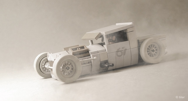 Mike Burroughs' BMW-Powered 1928 Ford Model A in Lego  –  Desert dusty version _/ 04