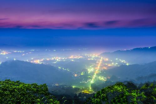 longexposure sunset urban color canon landscape foggy taiwan 南投 nightscene bluehour 夜景 nantou 廣興 鹿谷 canoneos5dmarkiii canon5dmarkiii 鳳凰村