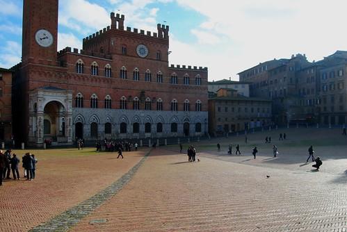 Piazza del Campo with the Palazzo Publico