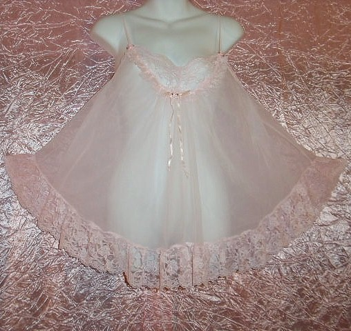 Sweetest Sissy Pink Vintage Double nylon Chiffon Babydoll Tosca adult baby gown Lacy size Large!
