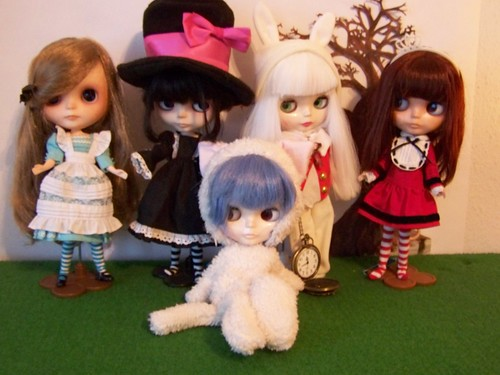 My projekt for this year: Alice in Wonderland with Blythe
