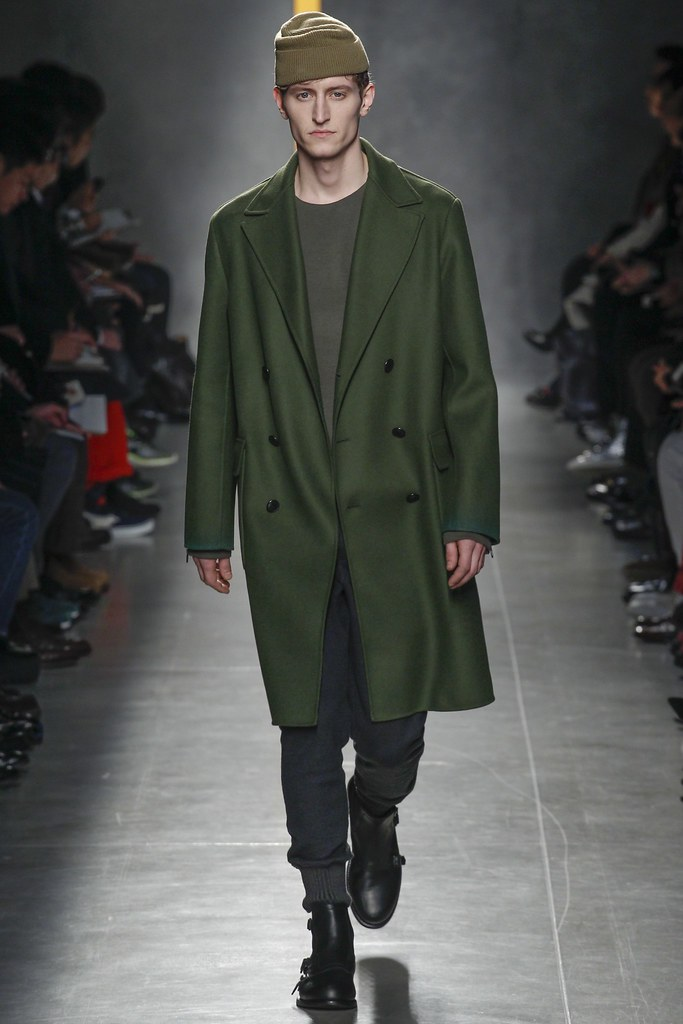 FW14 Milan Bottega Veneta022_Chris Beek(VOGUE)