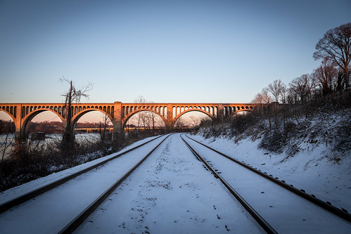 clear day sunrise pwwinter train thetrainbridge