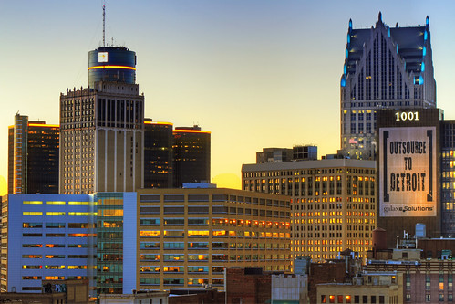 morning rooftop skyline sunrise buildings dawn detroit rencen renaissancecenter motown motorcity gmbuilding thed mikekline michaelkline notkalvin outsourcetodetroit notkalvinphotography