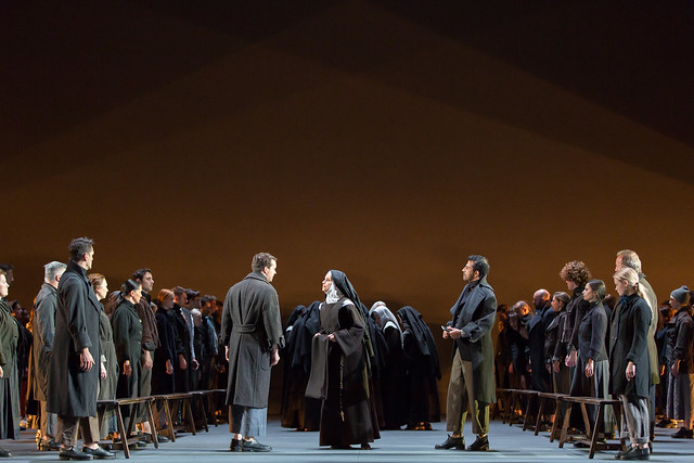 Sophie Koch as Mother Marie in Dialogues des Carmélites © ROH/Stephen Cummiskey, 2014