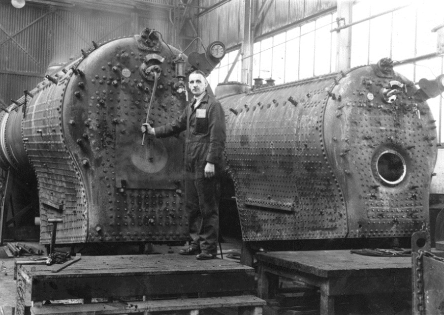 Repairing locomotives at the Scotswood Works